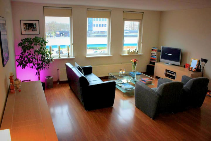 Luxury, spacious apartment nearby Rotterdam