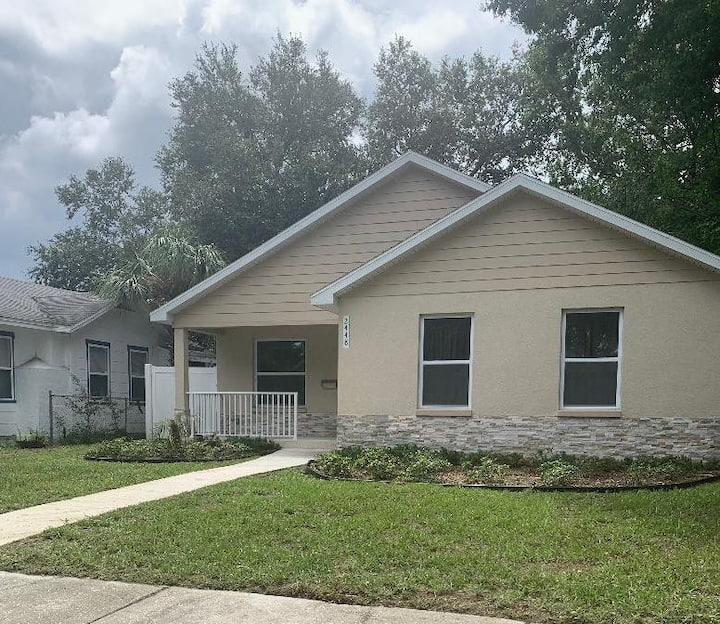 Brand new home in downtown St. Pete