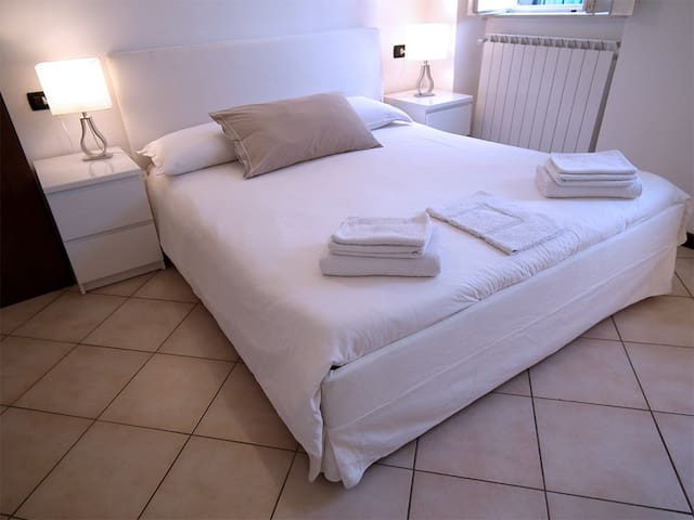 Apartment-Private Bathroom-Terrace-Alle Volte