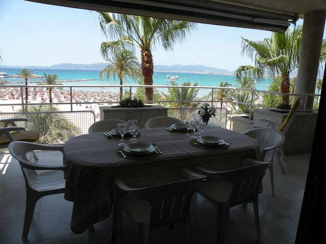 Nice beachfront apartment with garage - Llucmajor