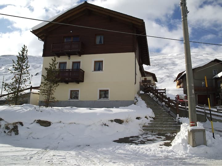 Entire Chalet in Majestic Ski Area of Livigno