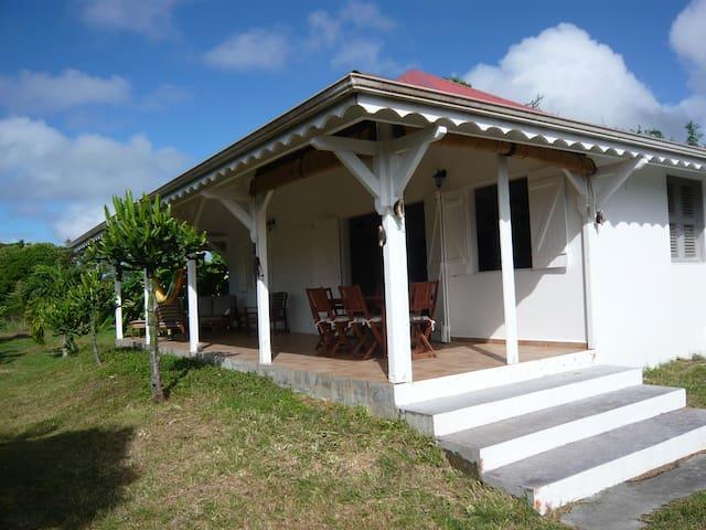 Maison Créole à 400 m de la plage - Grand-Bourg