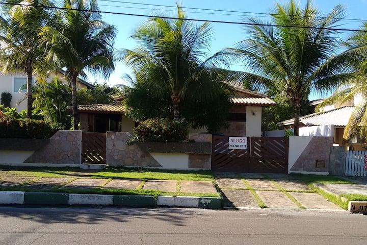 Casa de Praia  em Guarajuba no  Condomínio  Sol.