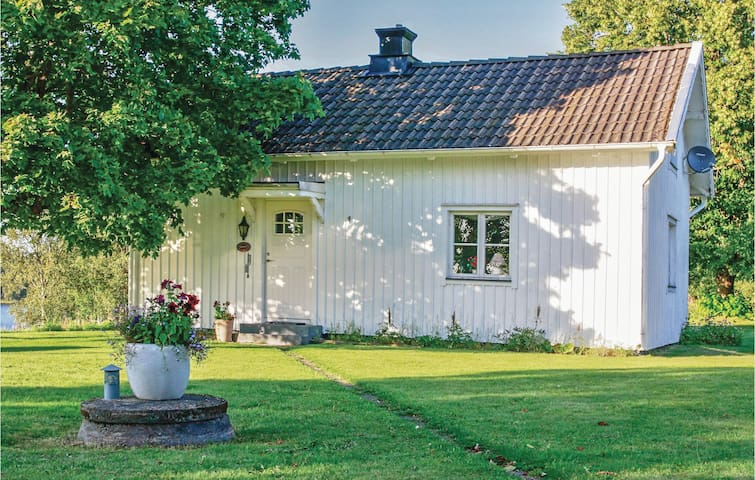 Holiday cottage with 1 bedroom on 70m² in Dalum