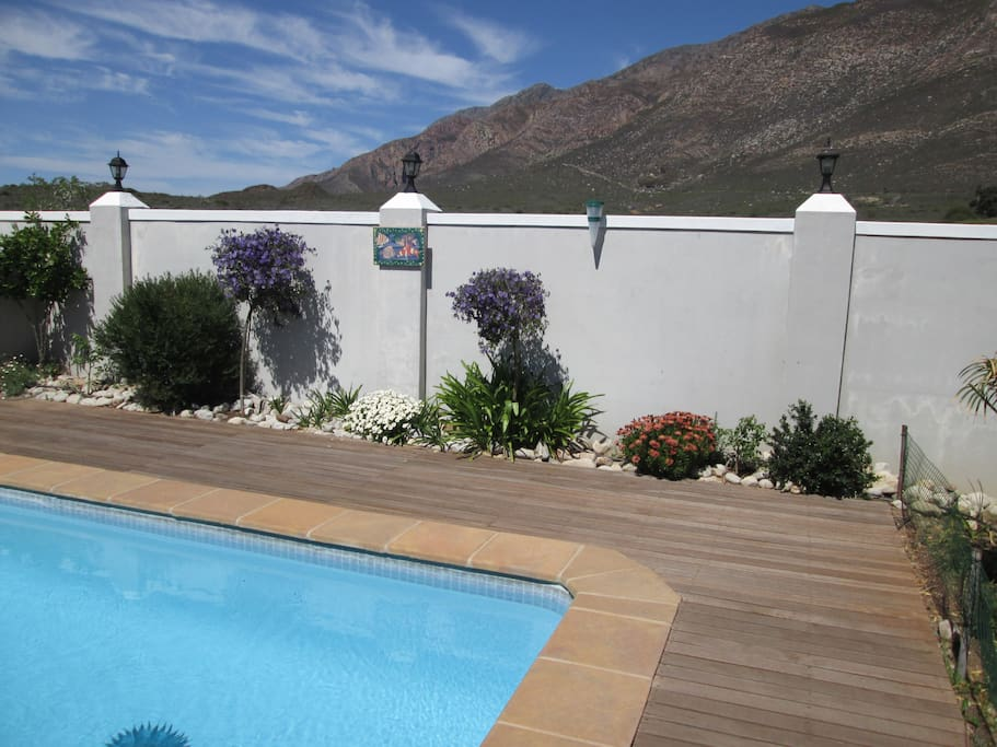 View over pool looking onto Langeberg Mountains