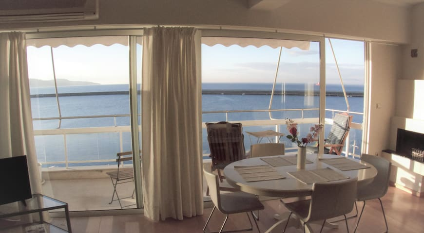 Charming view apartment-Μαγευτική θέα στη θάλασσα.