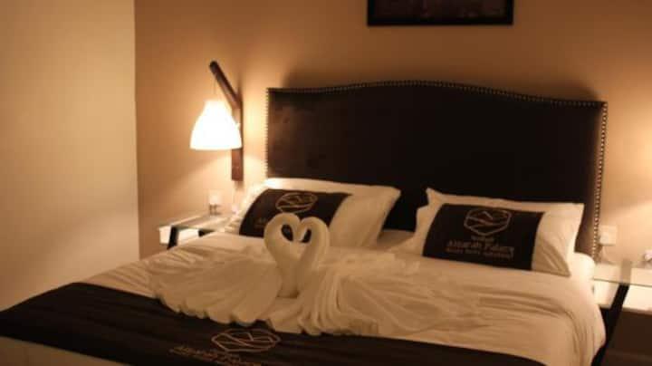 قصر السراة للأجنحة الفندقية ( جناح من غرفتي نوم )