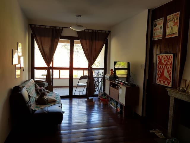 Apartamento familiar no Alto