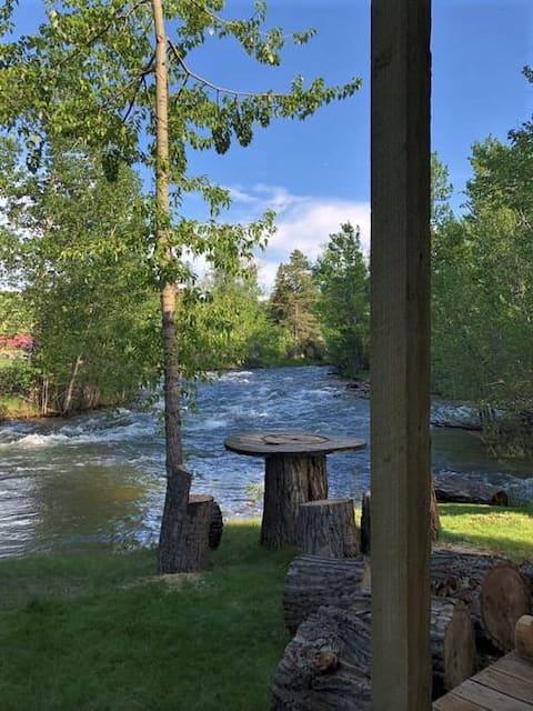 21eRosebud - Oasis On a Wild & Scenic River System