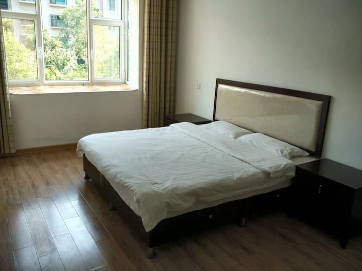 龙凤苑B区2室阳光家庭房