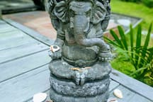 Fell the presence of the spiritual Balinese culture