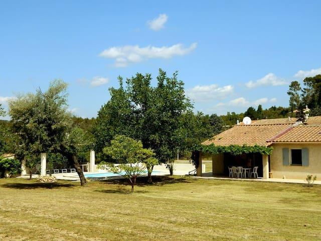 Villa Jeanne - Saint-Antonin-du-Var - Ház