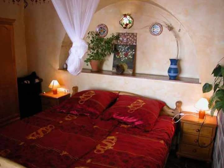 Quiet, idyllic and spacious complex with individual apartments (Amapola)