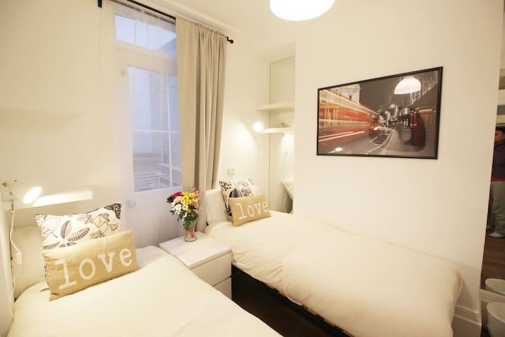 New Lovely Twin Room Victoria Westminster