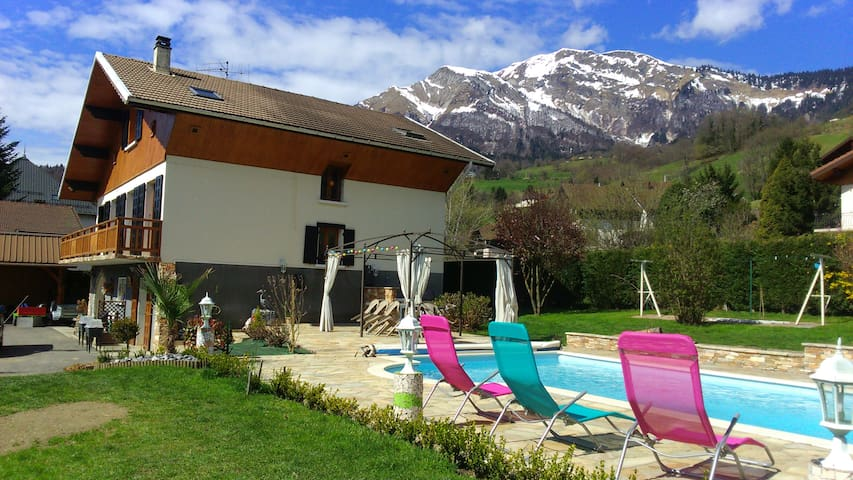 Studio  avec piscine entre Albertville et Annecy