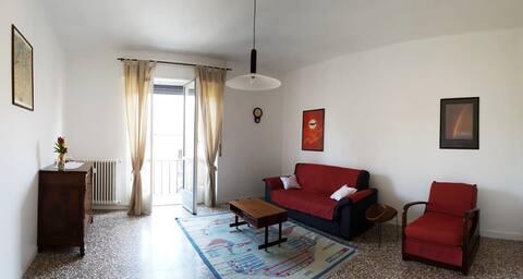 Appartamento in centro Barzanò