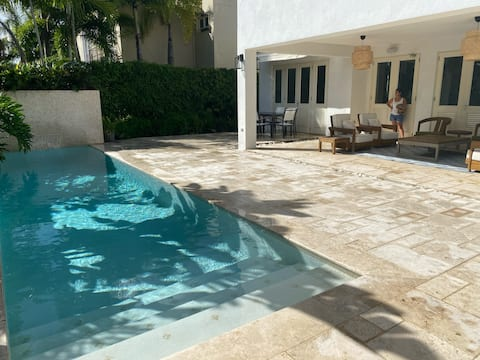 Turnkey Villa @ Dorado Beach Ritz Carlton Reserve!