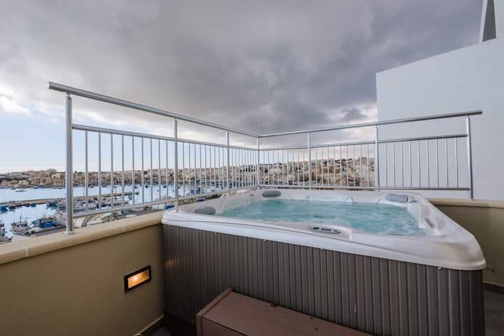 Seagull Penthouse Marsaxlokk Malta