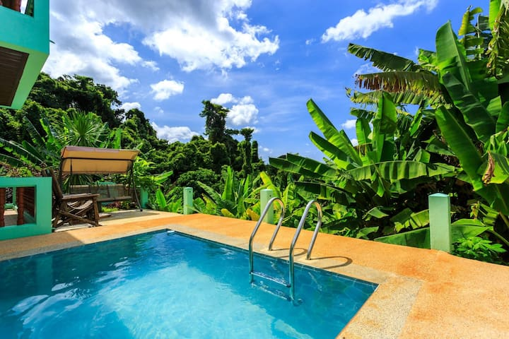 Vista Villa 1 - Seaview private pool villa in Patong for 9 people!