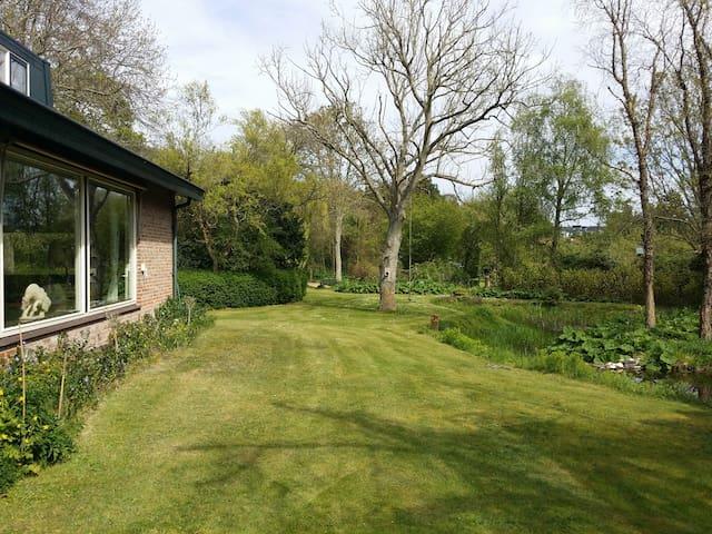 Zimmer Ferienvilla in Natur Burgh-Haamstede