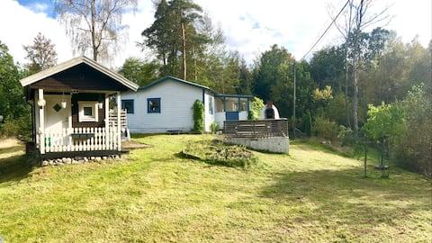 3 szobás parasztház kandallóval az erdő közepén
