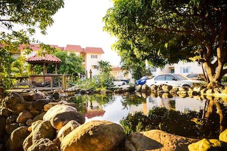 Plantation Springs - Apartmen