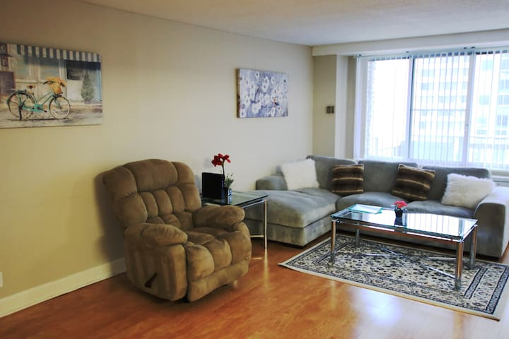 Furnished Apartments at Crystal City -353