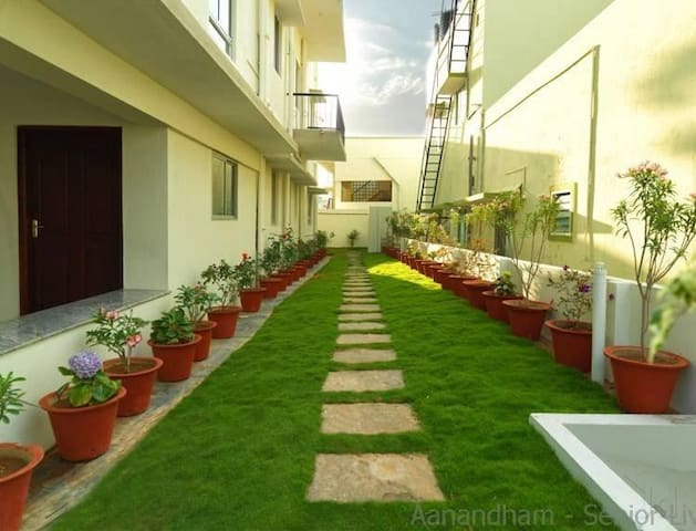 Vista Apartments at Adhiyaman College - Hosur - Apartmen