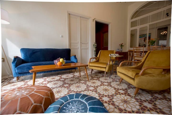 Beirut Guesthouse - 5-bedroom apartment