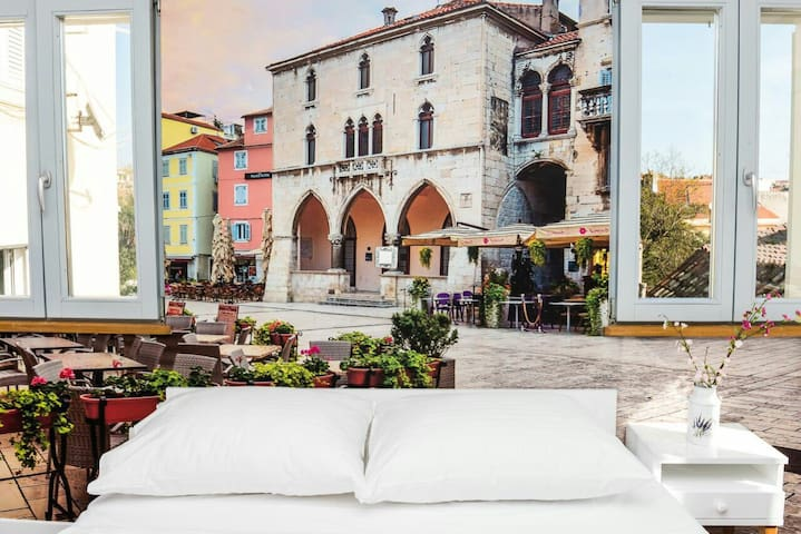 Villa Galla-Beautiful Historic old town house