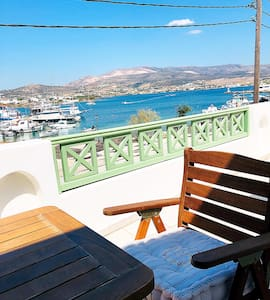 Cozy house with magnificent view in Antiparos (2)