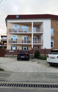 Уютные апартаменты в близи Олимпийского парка - Verkhne-Imeretinskaya Bukhta