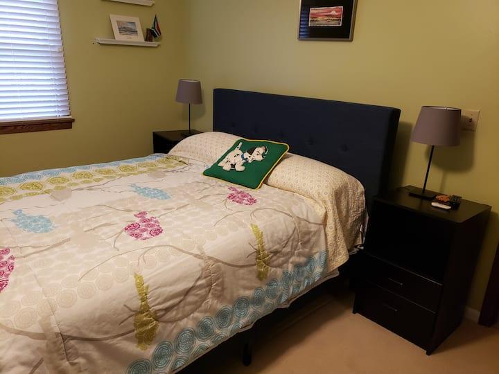 Master Suite w/ Kitchenette. Gahanna, near airport