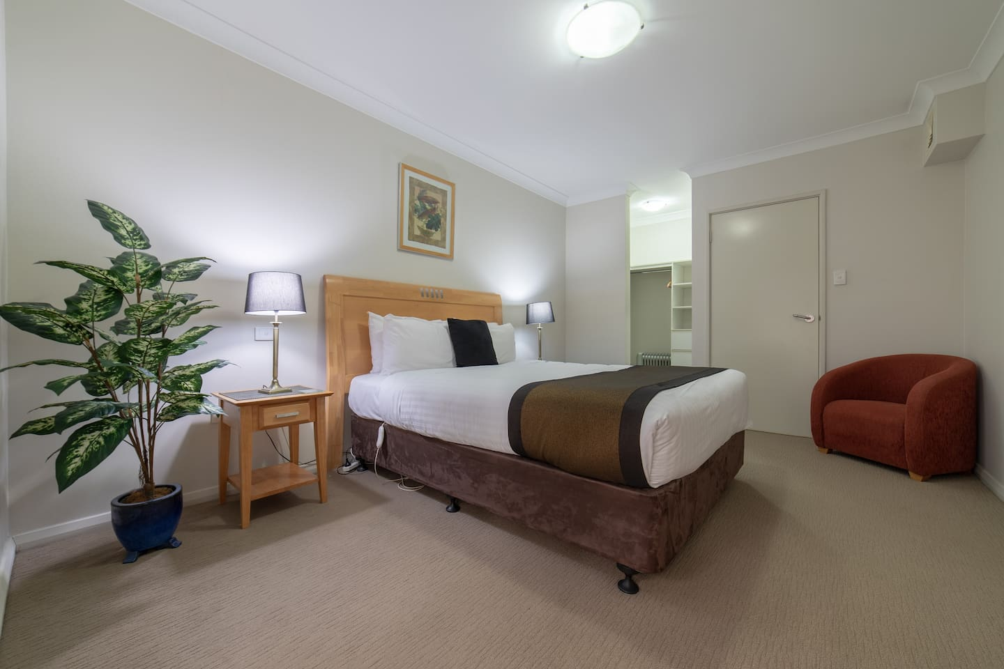 Spacious bedroom with walk in robe