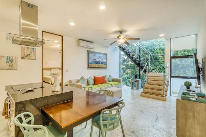 Contemporary gem near beach w/private plunge pool, shared pools, AC, strong WiFi