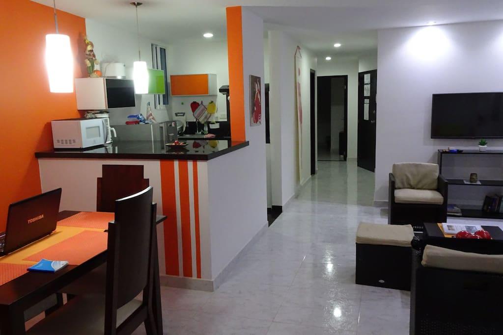Sala Bar und Küche