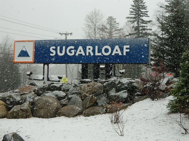 Most Convenient Location on Sugarloaf!!!!!