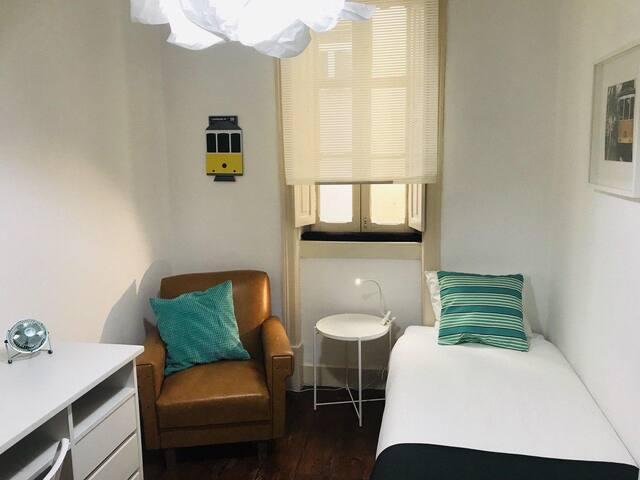 Quarto Single confortável, em Lisboa