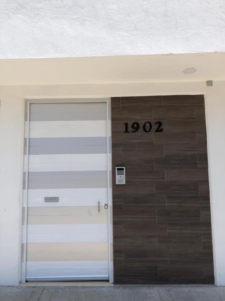 Apartamento luminoso y céntrico 1902