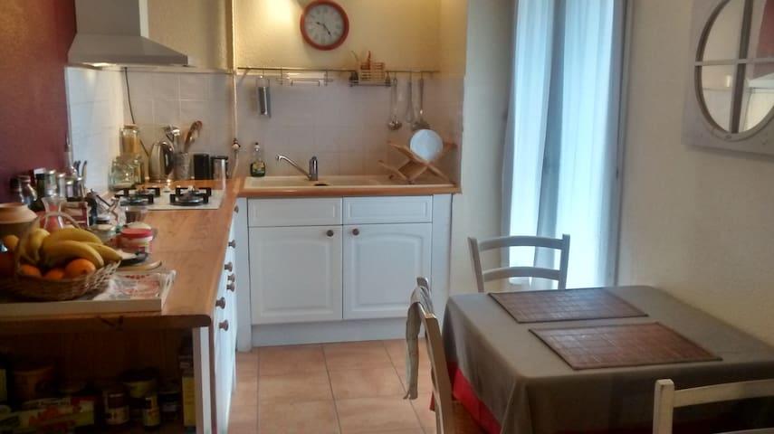 Appartement T4 spacieux et lumineux 98m2 - Perpignan - Apartment