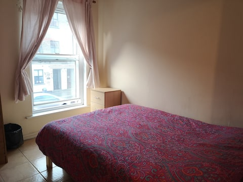 Cozy double room Dublin city centre