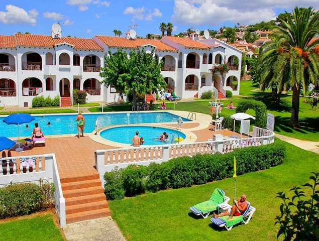 In Well-kept Complex with Pool and Balcony - Girasol Garden Superior 2 D