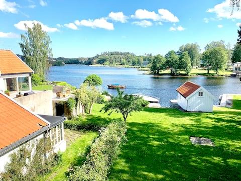 Sjønært -  Nytt hus m/terrasse nær Arendal