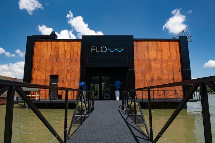 FLOW restaurant | bar | apartments Apartment no.1