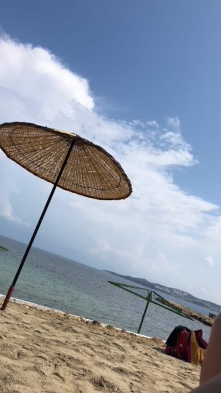 Ayvalık - Burhaniye Arasında Denize 100 m Villa