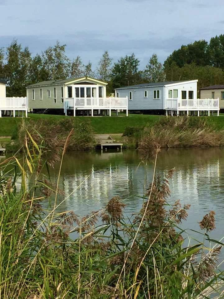 Lake side luxury home, stunning views beach access