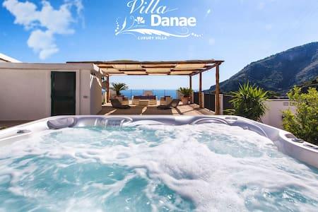 Villa Danae,mare colline e relax - Furore