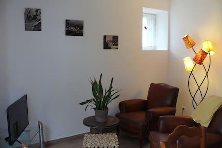 Bonnieux Gîte en Luberon - Buoux - Huoneisto