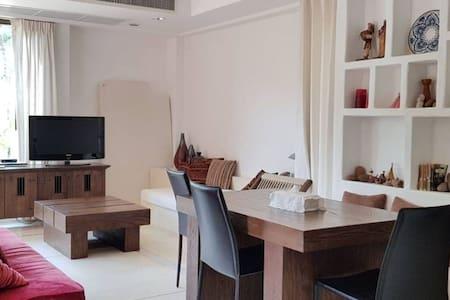 Beautiful Caribbean-style room in Hua Hin (70 sqm)