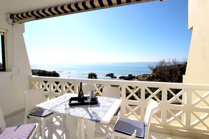 Appartement plage dos Aveiros, face à la mer ...